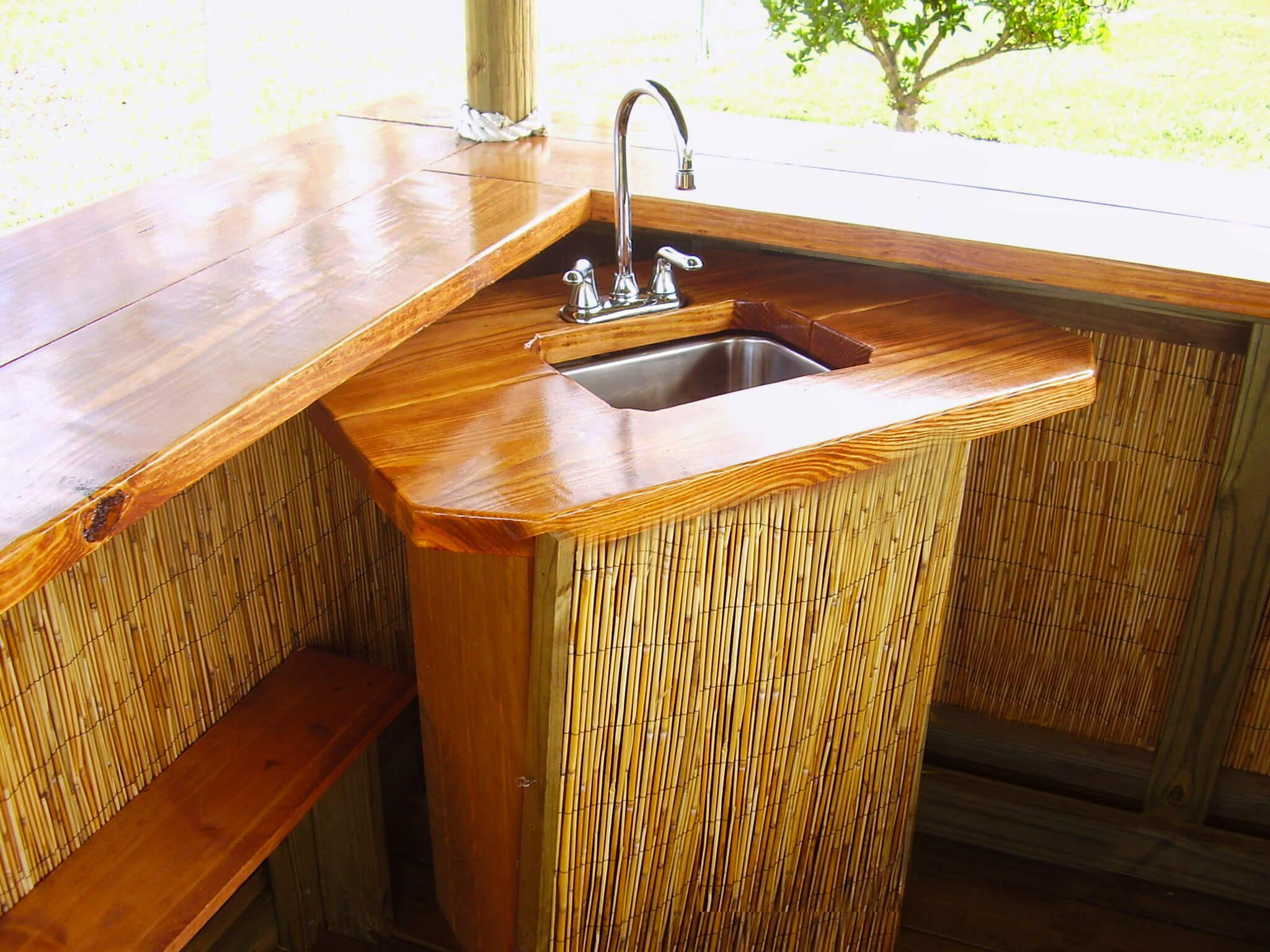 Custom Tiki Huts & Tiki Bars
