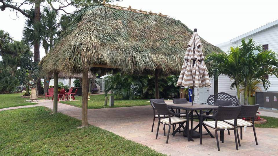 Tiki Huts and Tiki Bars Odessa Florida