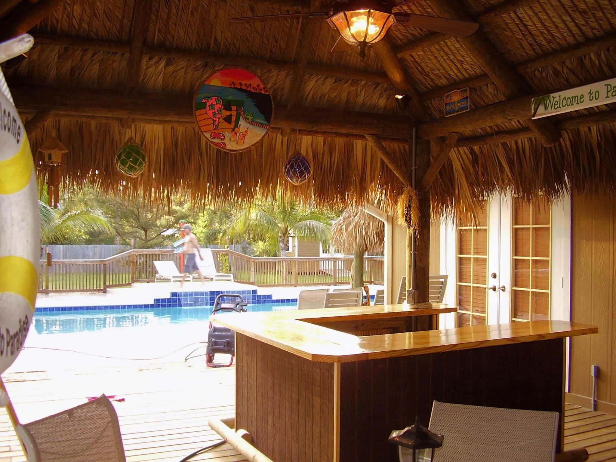 Home Design Ideas: Small Backyard Tiki Bar on Backyard Tiki Hut Designs id=20568